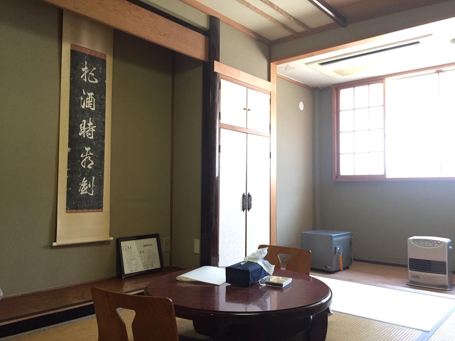個室コンパクト2人部屋の写真